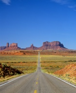Road to Monument Valley, Nava...