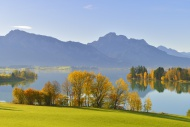Autumn morning on Forggensee ...