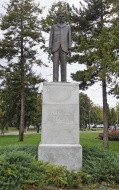 Sculpture of Nikola Tesla, in...
