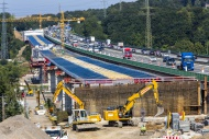 Construction of Lennetalbr�ck...