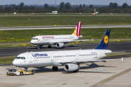 Lufthansa Airbus A321 and Ger...