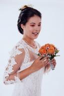 Portrait of a bride with brid...