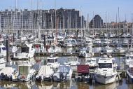 Sailing boats, motorboats and...