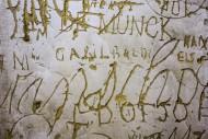 Old graffiti and scratchwork ...