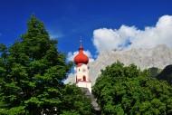 Kirchturm der Pfarrkirche �Un...