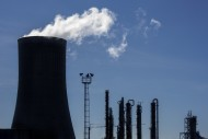 Silhouette of industrial esta...