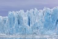 Monacobreen, glacier in Haako...