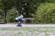 Girl (10) on rollerblades, Ki...