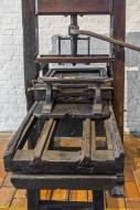 18th century wooden hand pres...