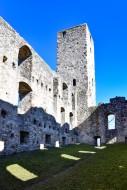 Niederhaus castle ruins in Sw...